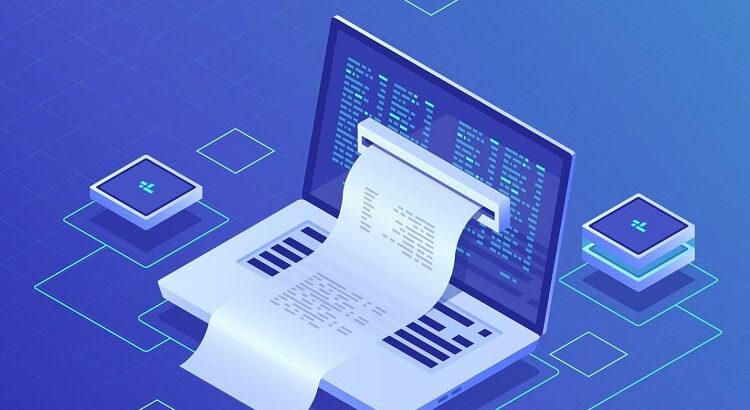 الفاتورة الالكترونية تظهر امام حاسوب